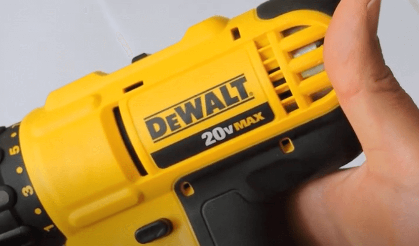 Review-DEWALT-DS18DSAL
